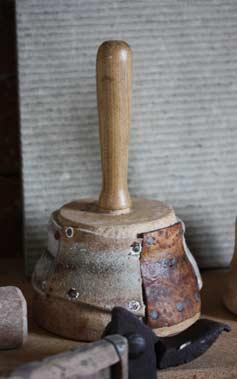 Klubba i oxel för stenbearbetning